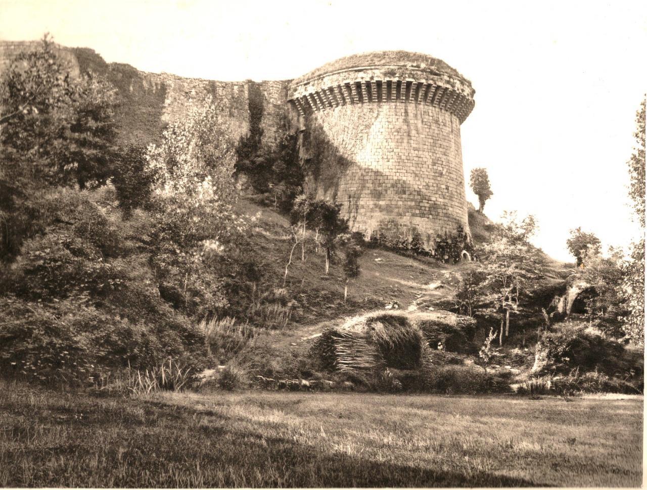 Tour de Vidame en 1885